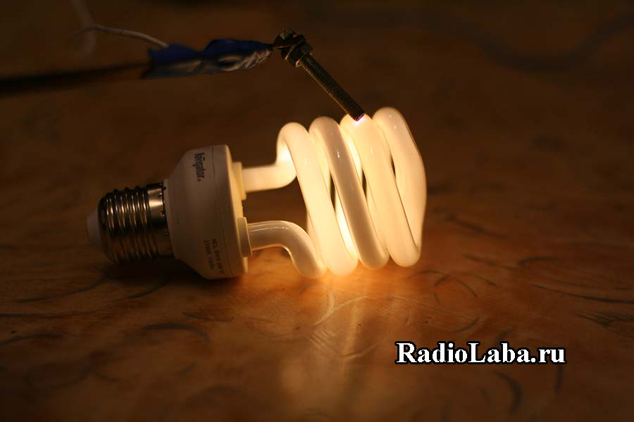 Свечение ЭСЛ лампы