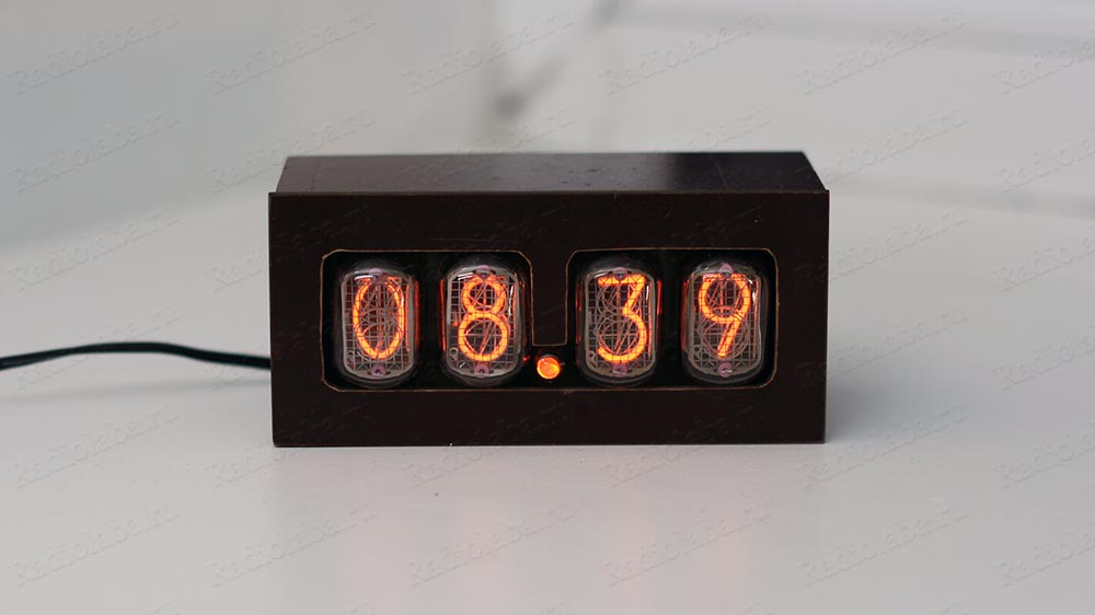 Часы на ИН-12 внешний вид